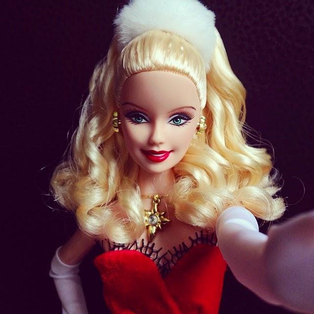 Bermain Barbie Waktu Kecil