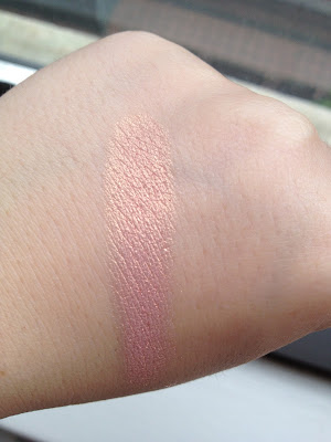 Swatch Elizabeth Arden Pure Finish Highlighter Rose Illumination