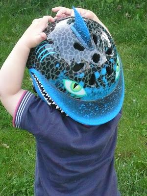 rascullz shark helmet