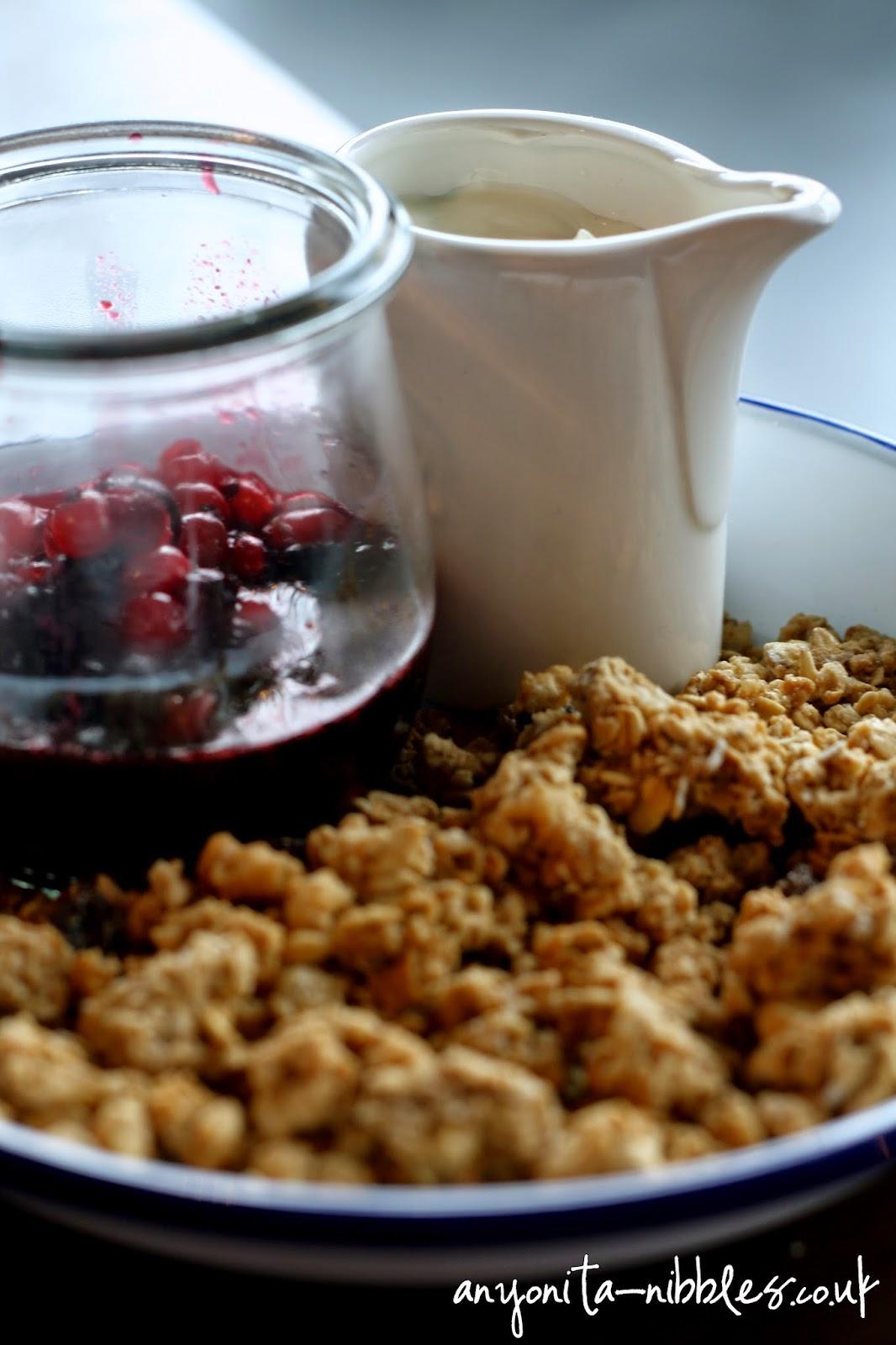 Granola with fresh berry coulis and yogurt at TGI Friday's | Anyonita-nibbles.co.uk