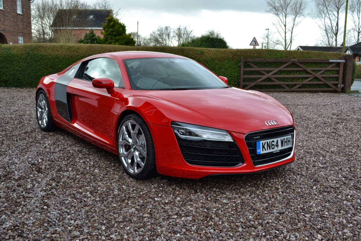 speedmonkey driven audi r8 v8 4 2fsi quattro. Black Bedroom Furniture Sets. Home Design Ideas