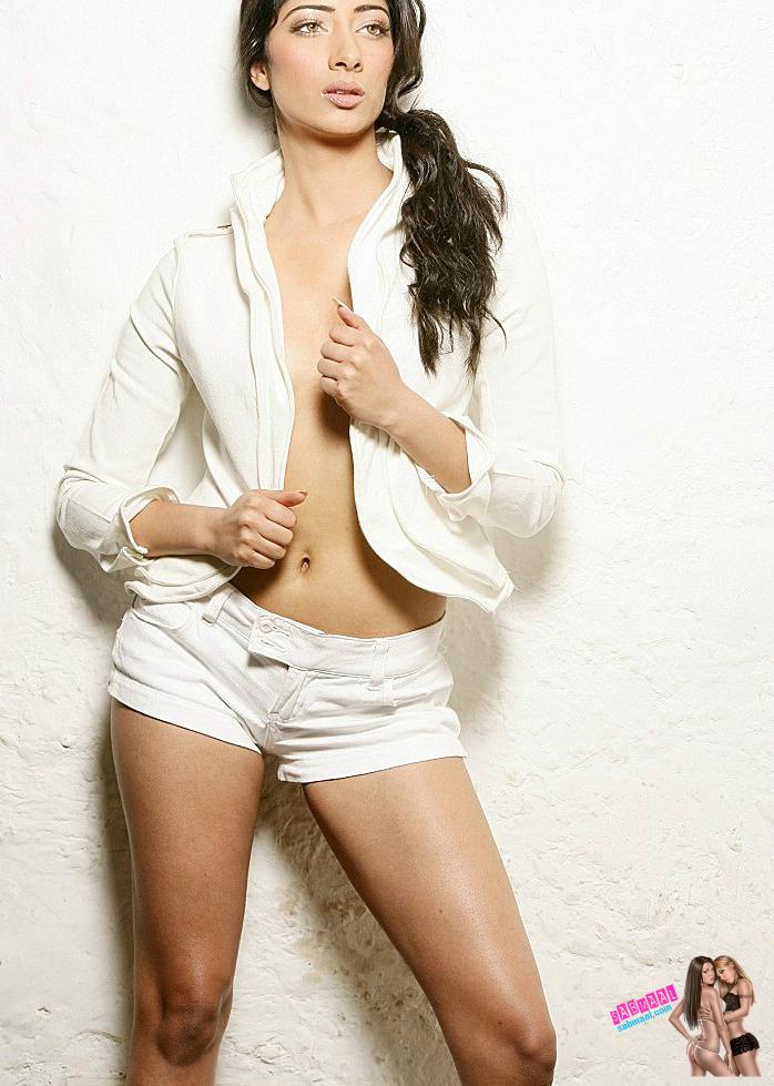 3 Niharica Raizada Topless Bra And Panty Photos