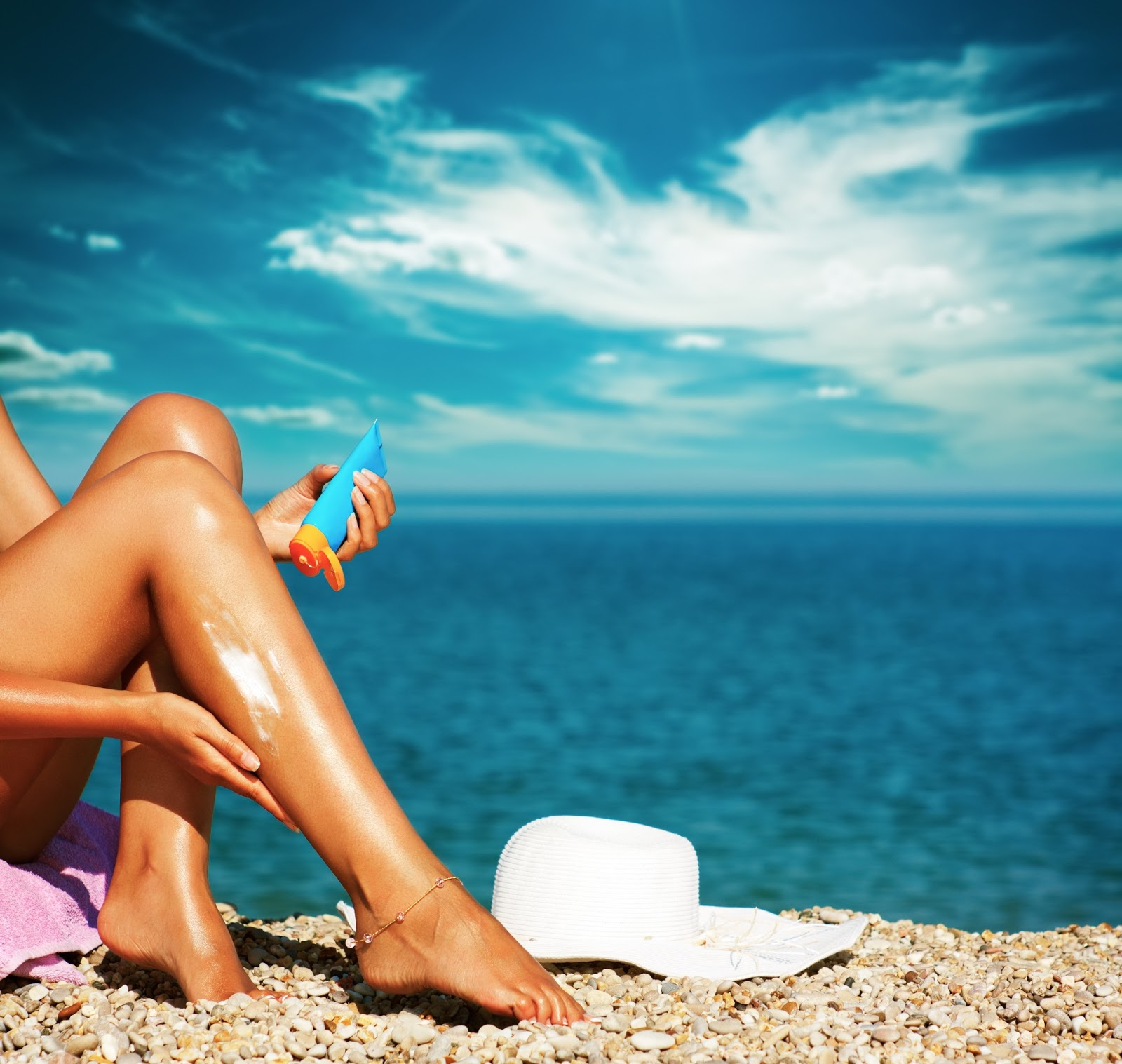Protect your skin with the right kind of sunscreen!