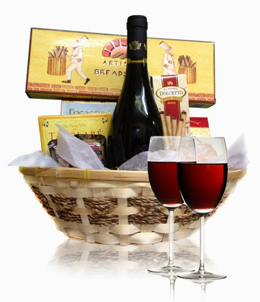 wine-cheese-basket-bloomex