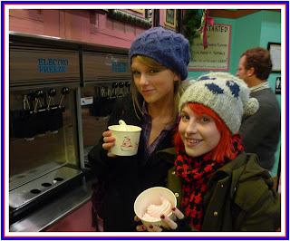 Taylor Swift hot country Hayley Williams Paramore HQ HD photo