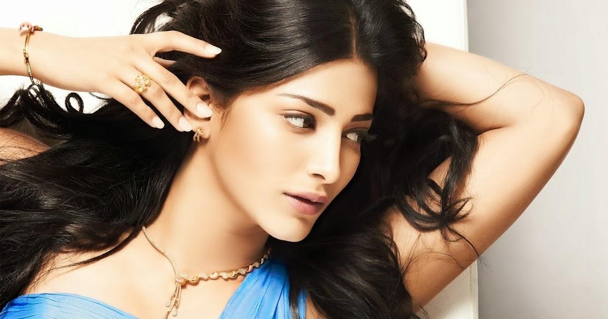 South Indian actress in Saree - South Indian Cinema Magazine