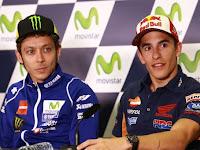 Rossi Menendang Marquez (Slow Motion) Moto GP