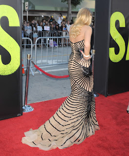 Blake Lively walks the red carpet at Savages Los Angeles Premiere
