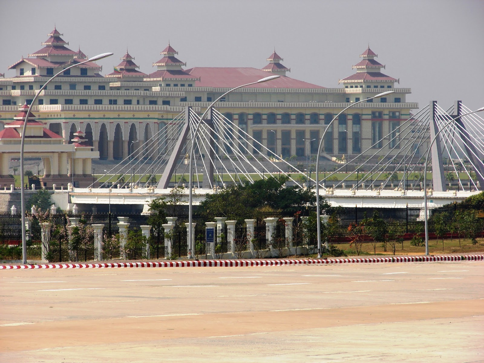 Nay Pyi Taw Myanmar  City pictures : ... Scott's Travel Columns: Visiting Myanmar's capital Nay Pyi Taw