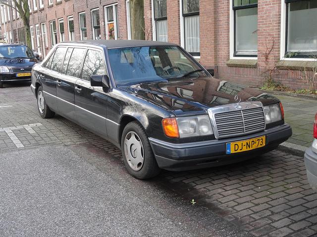 2012 mercedes limousine