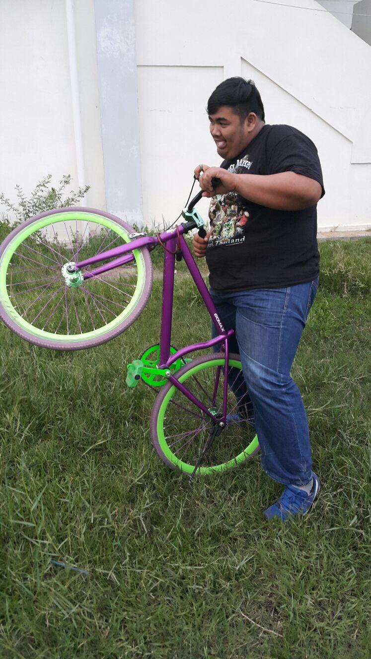 Patah basikal bdk tu..