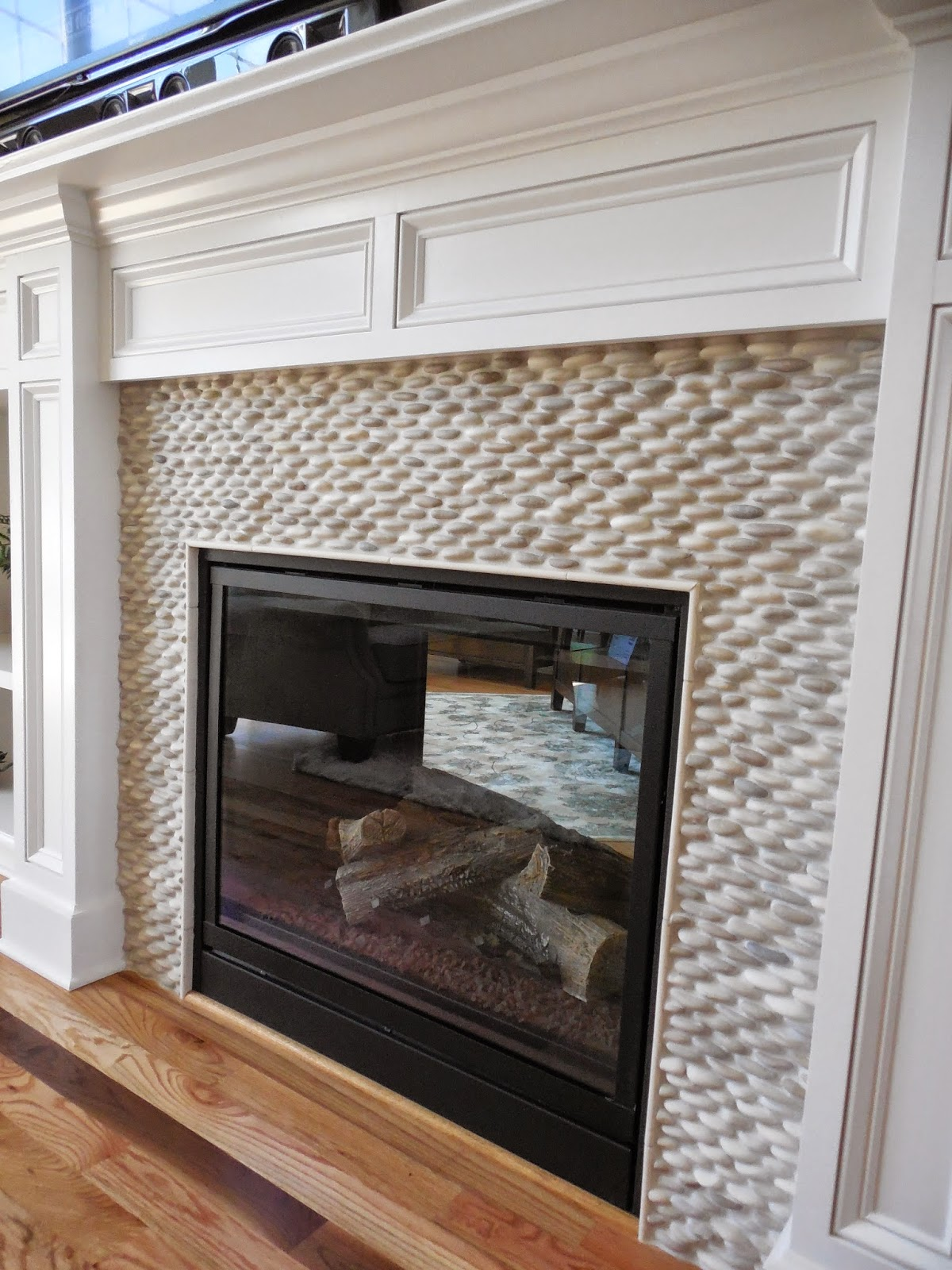 2014 s parade of homes in central new york for Central fireplace