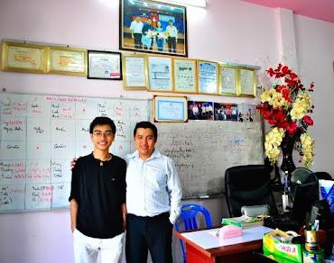 Thầy Gia cùng học viên 2011