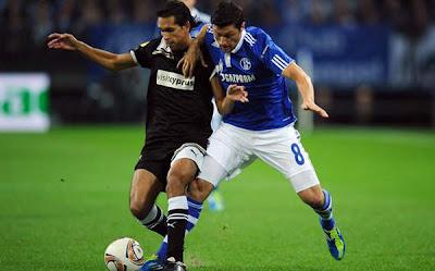 Schalke 0 - 0 AEK Larnaca (2)