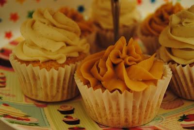 Cupcakes vainilla bourbon y dulce de leche