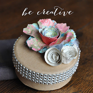 paper flowers on Creative Bag's blog