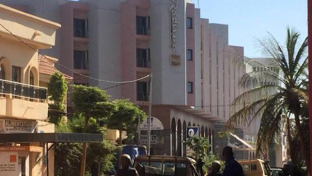 Homens armados manter 170 reféns em hotel no Mali