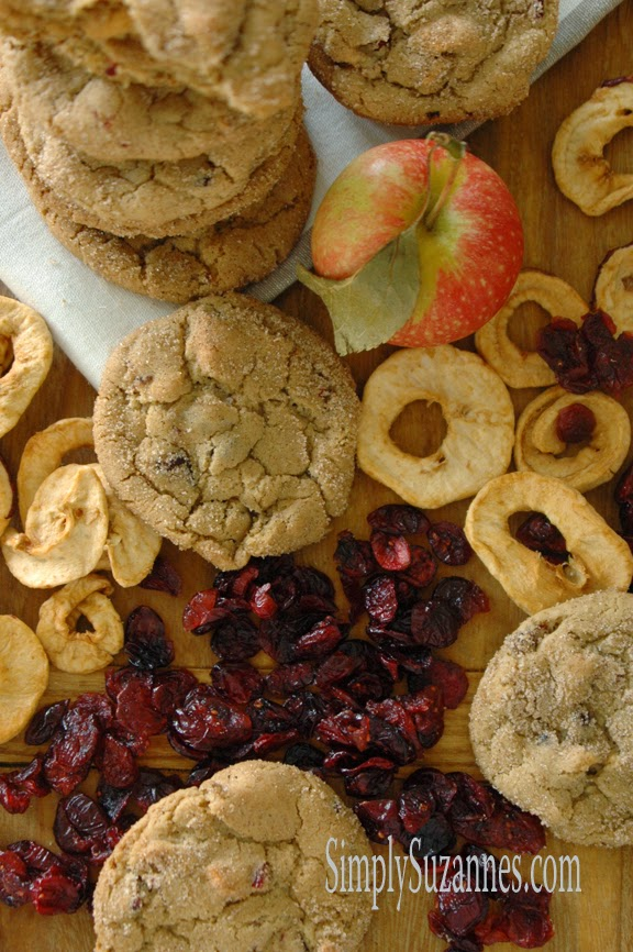 apple & cranberry cookies