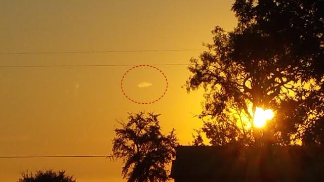 UFO News ~ 9/24/2015 ~ UFO Caught During Sunset In Seguin, Texas and MORE Ship%252C%2BUFO%252C%2BUFOs%252C%2Bsighting%252C%2Bsightings%252C%2Balien%252C%2Baliens%252C%2BET%252C%2Brainbow%252C%2Bboat%252C%2Bpool%252C%2B2015%252C%2Bnews%252C%2Btime%2Btravel%252C%2Bsunset%252C%2Borb%252C%2Blevetating%252C%2Blevetate%252C%2Bblur%252C%2Brosette%252C%2Bnasa%252C%2BTexas%252C%2BSeguin%252C%2Bmars%252C12323