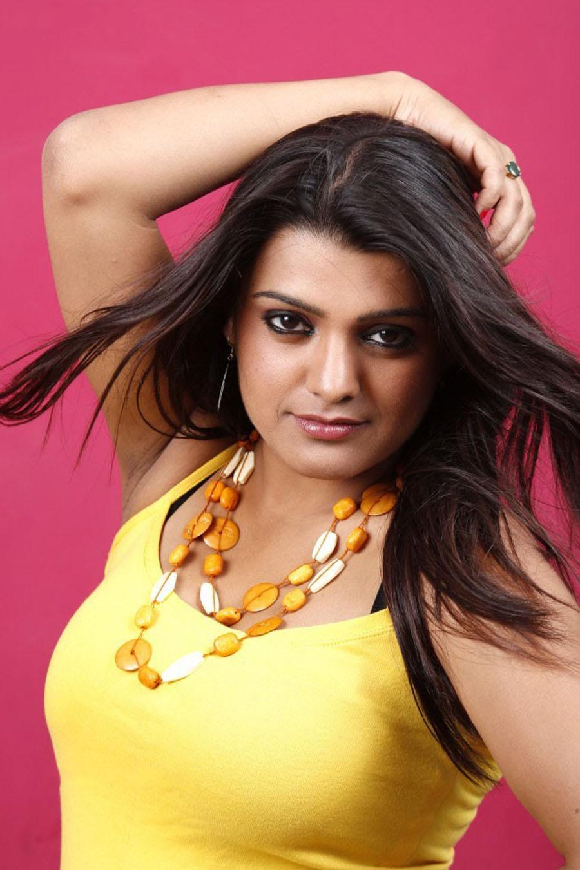 Actress tashu kaushik hot spicy photshoot stills