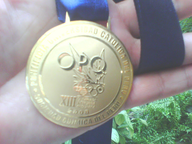 MEDALLA DE ORO XIII O.P.Q. 2008 P.U.C.P.