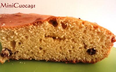 torta semplice all'olio con uvetta
