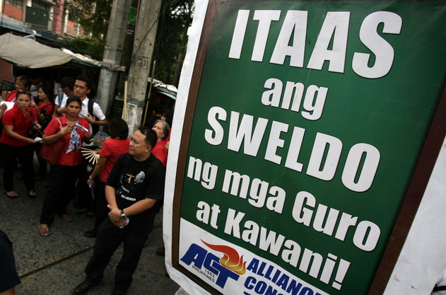 Teachers, militant groups ask salary increase