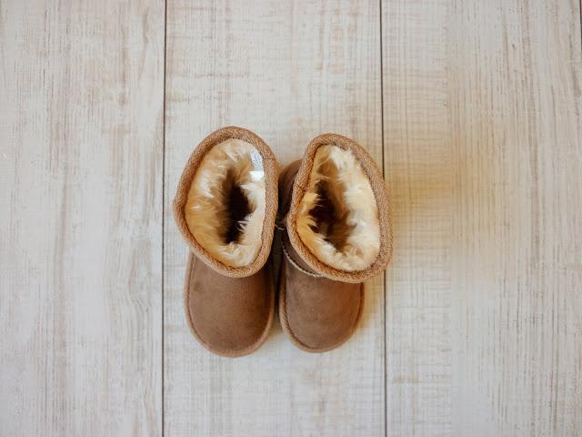 Chaussures enfant bottes Primark imitation UGG camel