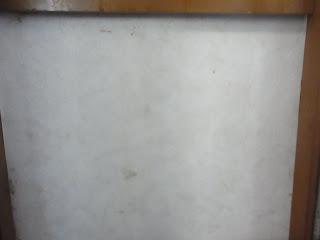 汚部屋・ゴミ屋敷画像 壁のカビ取り ビフォー&アフター アフター画像
