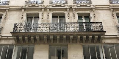 Balcon du 10 rue du Mail à Paris
