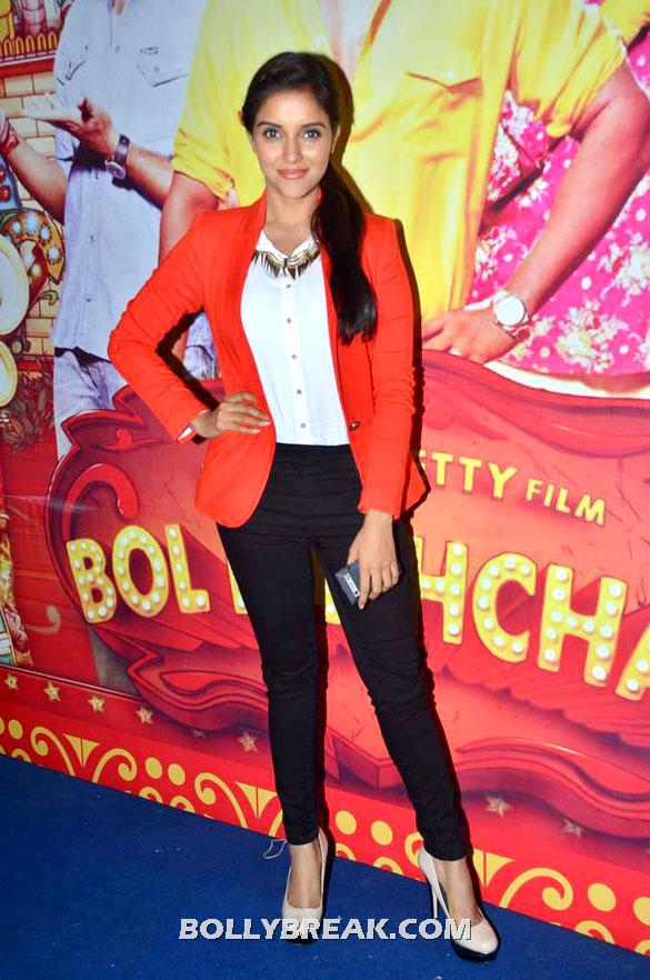 Asin sported a red blazer and black skinny pants - (8) -  Asin, Prachi Desai Bol Bachchan Stills