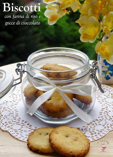 biscotti con farina di riso e gocce di cioccolato (gluten free)