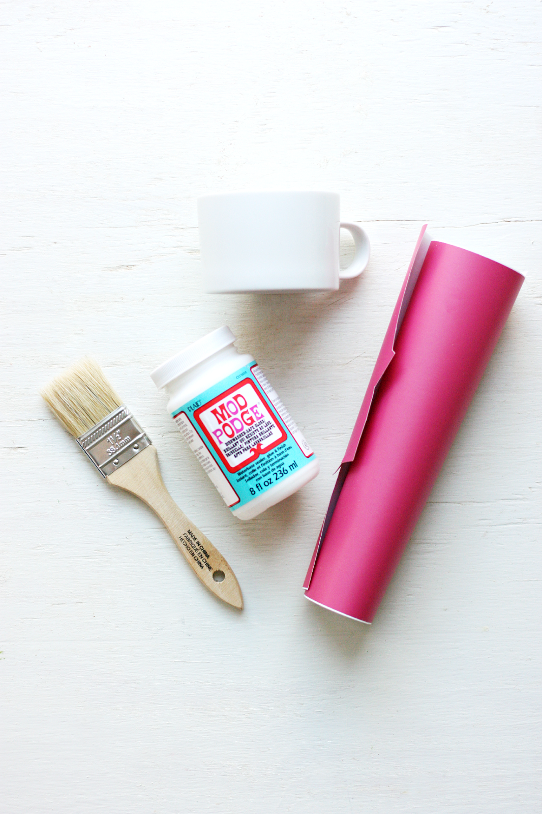 DIY I Love You Mugs Tutorial featured by top US craft blog, The Pretty life Girls