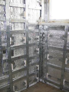 металлический профиль под облицовку на стенах лоджии