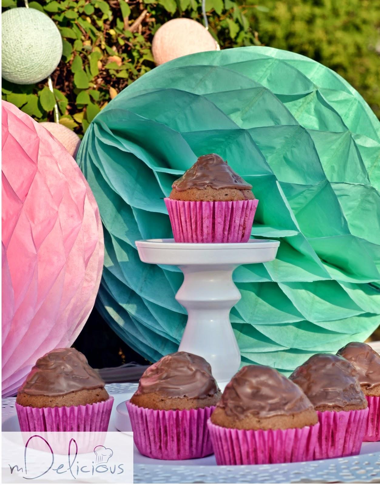 muffiny czekoladowe, babeczki czekoladowe, muffinki kajmakowe, muffinki z kamjakiem przepis, babeczki przepis
