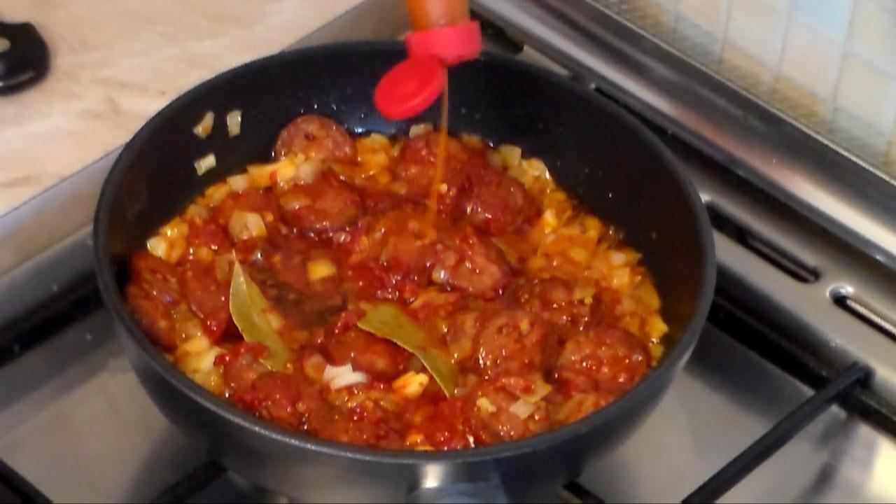 how to cook portuguese chorizo