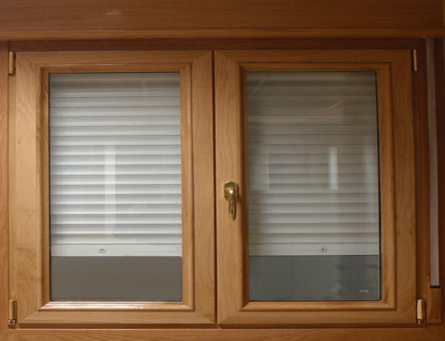 Busca ventanas de madera? - Carpinteros en Vitoria-Gasteiz ...