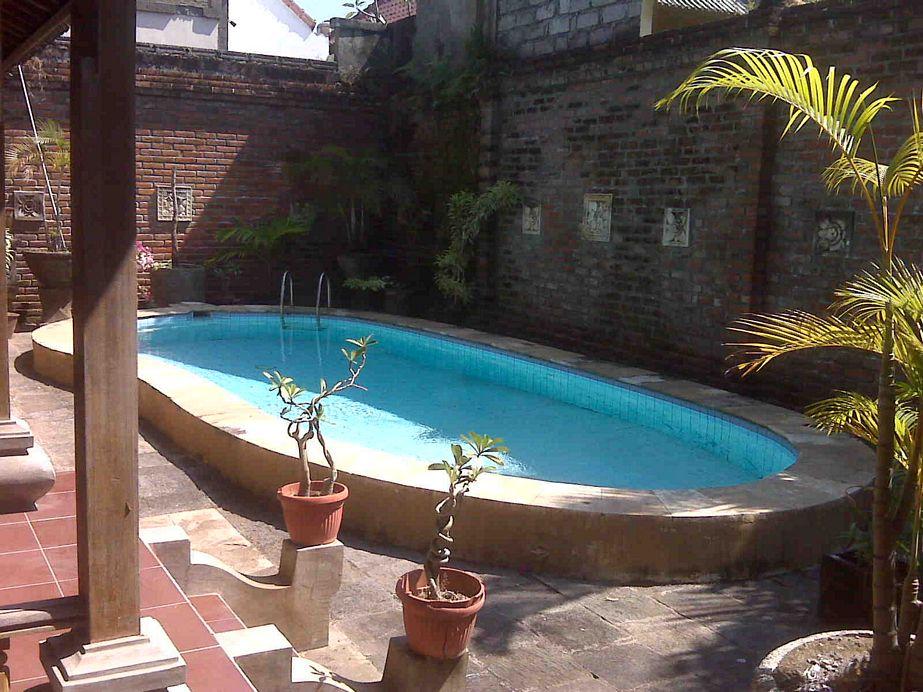 layout rumah ada paviliun kolam renang sejuk