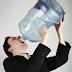Potomanía, el riesgo de beber agua en exceso