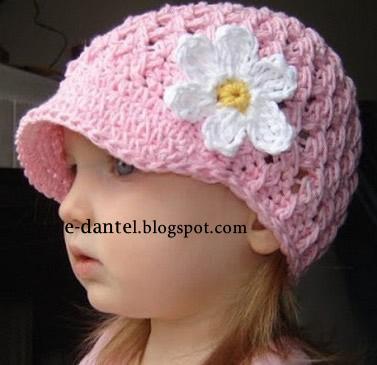 Bebek ve Anne Şapka Modelleri