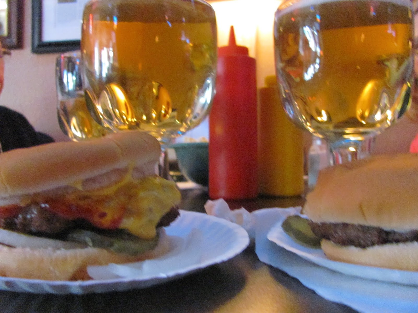 Cheap Burgers and Cheap Beers at Paul's