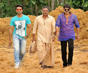 Govindudu Andarivadele Movie photos-thumbnail-17