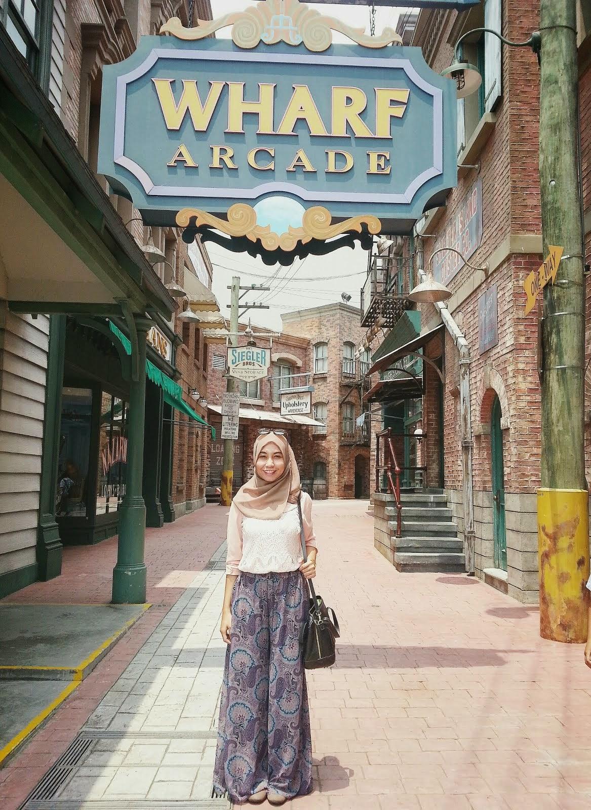 Wharf Arcade, USS