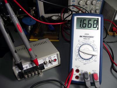 Teste de tensão - Multimetro BK