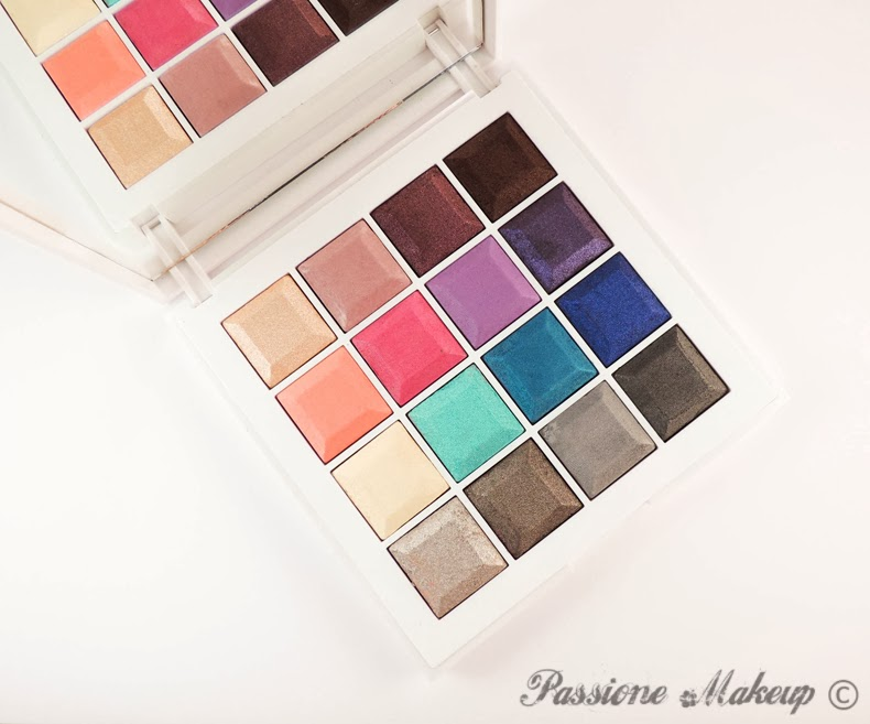 Kiko Digital Emotion Colour Evolution Must Have Eyeshadow Palette