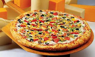 قريباً مطعم دومينوز بيتزا على سطح القمر!