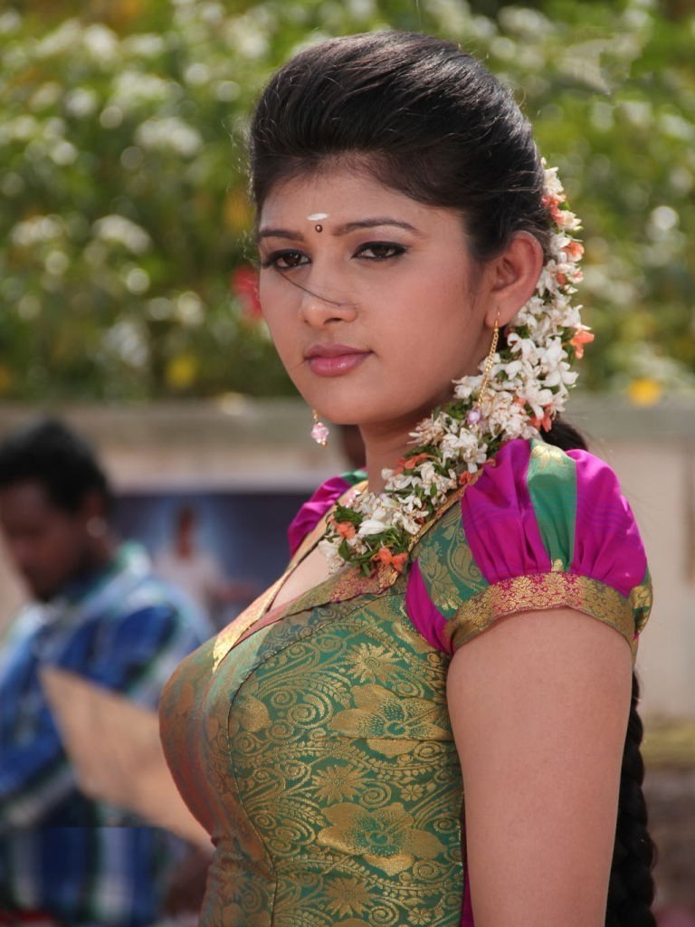 atozimages thuttu tamil movie actress cute half saree stills