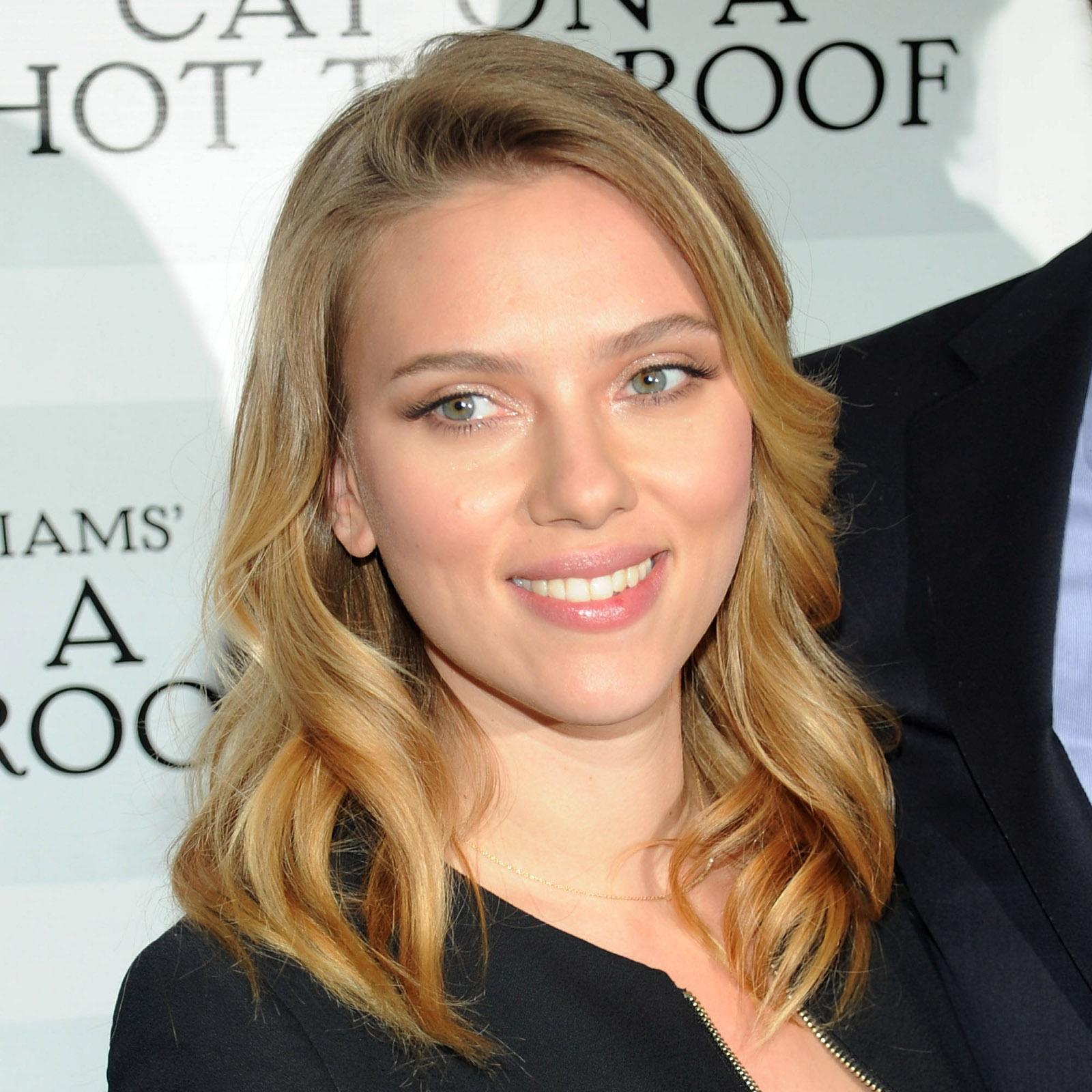 http://3.bp.blogspot.com/-gCGvBAl_o7Q/UP5TreUylyI/AAAAAAAAXZs/CmQlgFkvaNs/s1600/Scarlett-Johansson.jpg