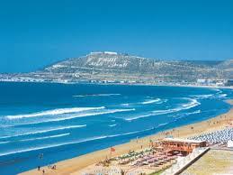 Agadir stad is een welvarende havenstad aan de westkust van Marokko en is de grootste badplaats van het land.