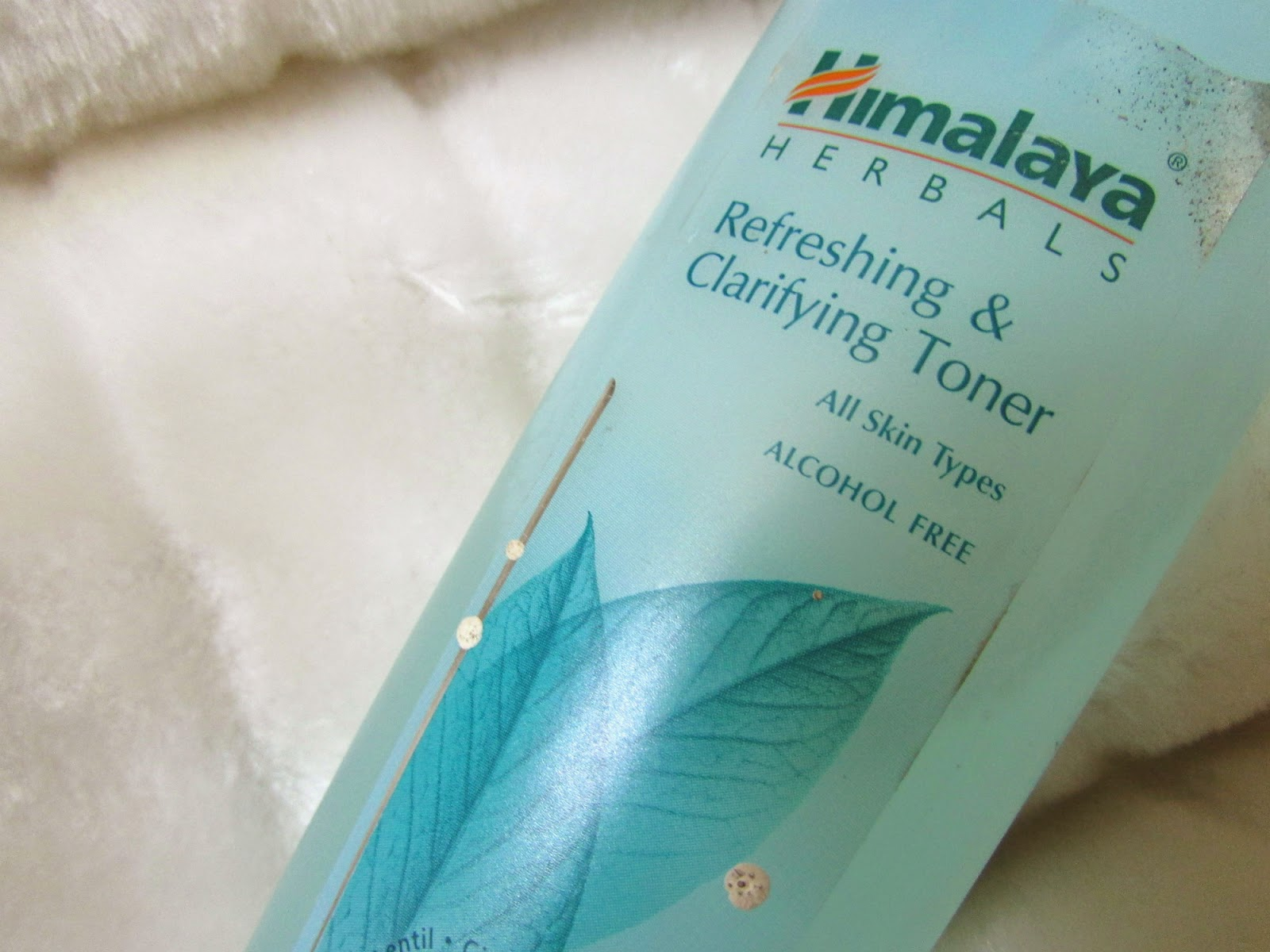 Himalaya toner, Himalaya refreshing and clarifying toner, Himalaya refreshing and clarifying toner review, Himalaya refreshing and clarifying toner price, Himalaya refreshing and clarifying toner review and price, Himalaya refreshing and clarifying toner India, Himalaya refreshing and clarifying toner online, Himalaya refreshing and clarifying toner india online, Himalaya refreshing and clarifying toner price india, Himalaya refreshing and clarifying toner review india, Himalaya refreshing and clarifying toner , Himalaya refreshing and clarifying toner price and review india, Himalaya refreshing and clarifying toner for all skin types, toner for all skin types, alcohol free toners, Himalaya refreshing and clarifying alcohol free toner, why to use Toner, how to use toner, toner for dry skin, toner for oily skin, toner for normal skin